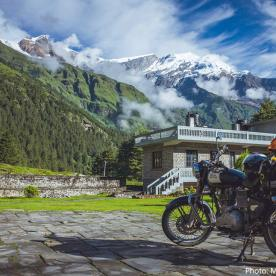royal enfield trip in lomanthang
