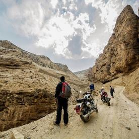 motorbike trip to lomanthang nepal
