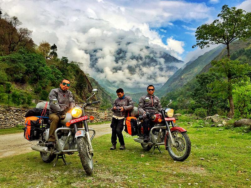 lomangthang motorbike trip
