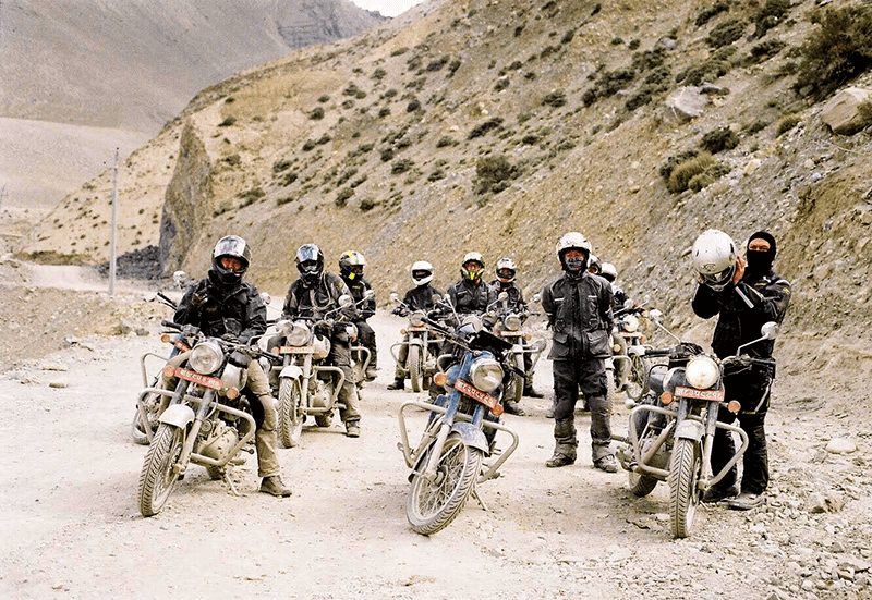 mustang tour with motorbike