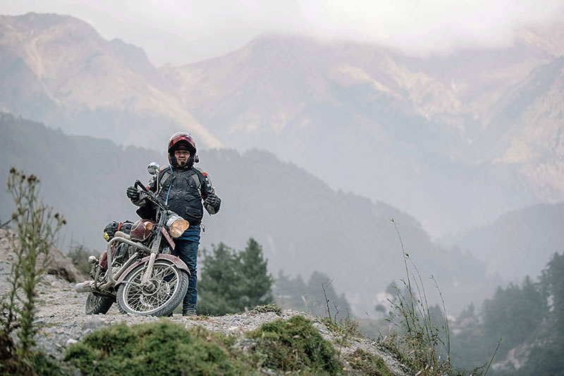 photos of bike tour in Nepal