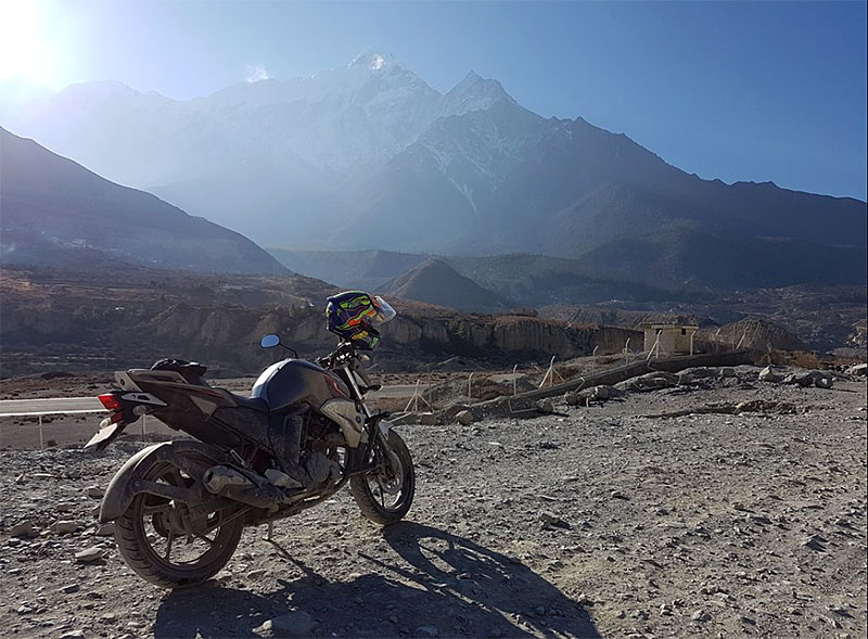 yamaha fzs rent in nepal