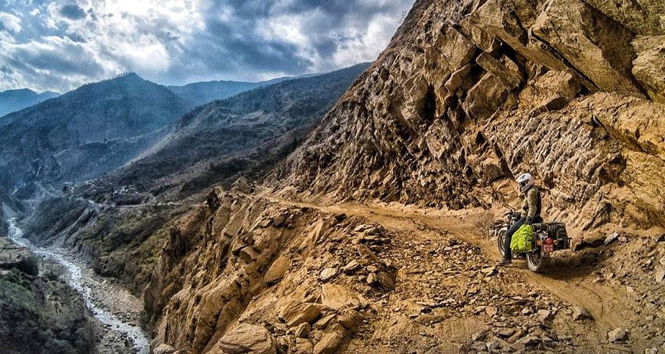 road-trip-in-nepal