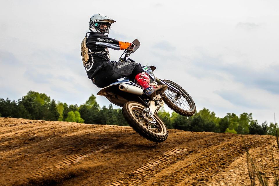 helmets-for-dirt-biking