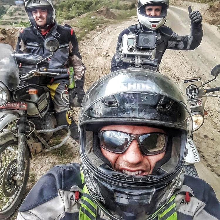 motorbike tour to everest