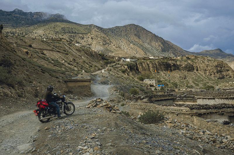 himalaya motorbike tour nepal