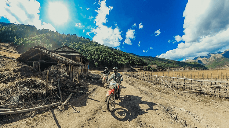 guided motorbiking tour in nepal